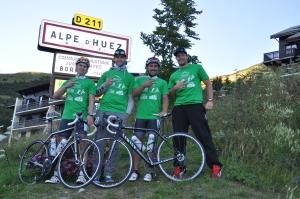 Teamfoto Tour 3333 - Wir tragen die Shirts der KG Boden, die Namensgeber der Etappe sind