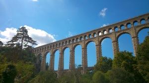 Aquädukt - Auf dem Weg zum Wechselpunkt in Maussane-les-Alpilles