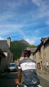 Der Blick auf den letzten bevorstehenden Berg der Tour 3333!