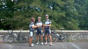 Anstoßen auf die Tour 3333! Die letzte Etappe beendet. 3336 km sind absolviert